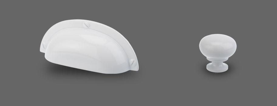 Modell Slot in Weiß